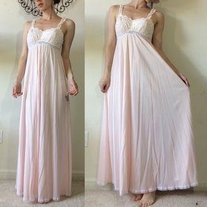 Vintage Intimates & Sleepwear - Olga Vintage Baby Pink Lace Maxi Slip Chamise